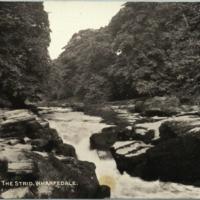 https://repository.erc.monash.edu/files/upload/Rare-Books/WWI-Postcards/Album/rb-wwi-postcards-011.jpg