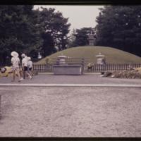 https://repository.erc.monash.edu/files/upload/Asian-Collections/Myra-Roper/japan-056.jpg